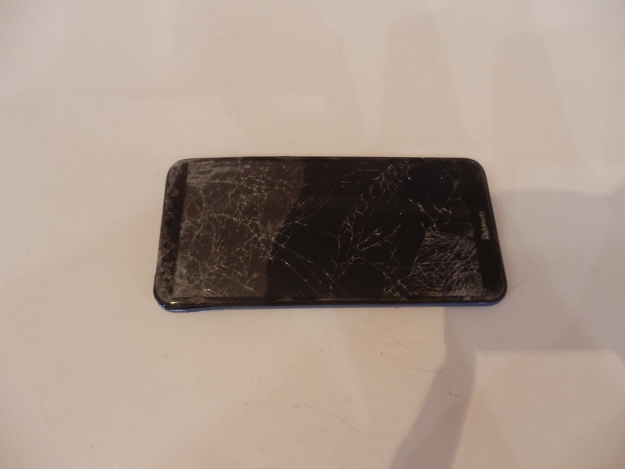 Мобильный телефон Huawei Y6 2018 2/16Gb Black (ATU-L21) №6829