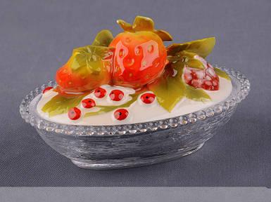 Блюдо с крышкой Lefard Ягодки 12х8х8 см 58-809