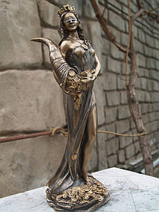 Статуэтка Veronese Фортуна с рогом изобилия и деньгами 28 см 71833 фигурка алтарная веронезе верона