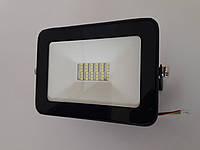 Светодиодный прожектор 30W 6400K LUMEN