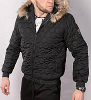 Мужская зимняя куртка стеганая с меховой подкладкой и опушкой на капюшоне