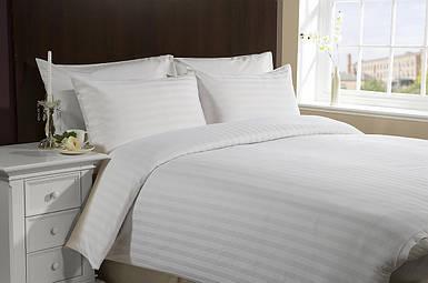 Комплект постільної білизни полуторний 150*220 сатин люкс 3701 постельное белье полуторное белое