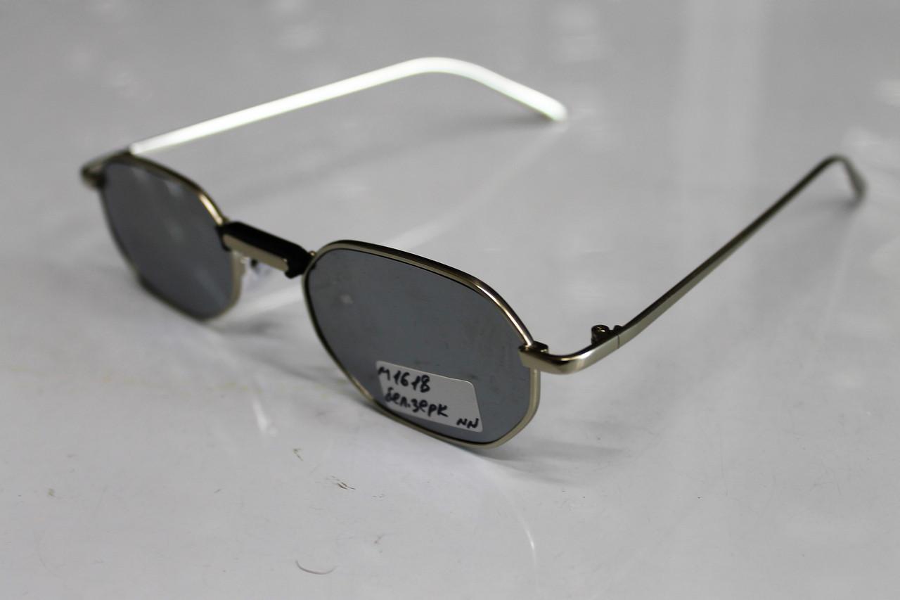 Солнцезащитные очки. Оправа: Метал.