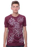 Мега стильная  мужская футболка с круглым вырезом и модным принтом. Цвет бордовый. Бренд JAZZ.
