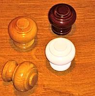 Ручка мебельная  кнопка фигурная  деревянная  .