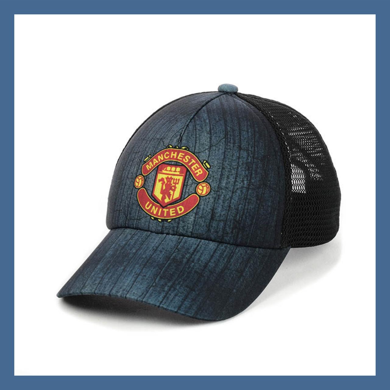 """Кепка- бейсболка  """"Manchester United"""" с черной сеткой"""