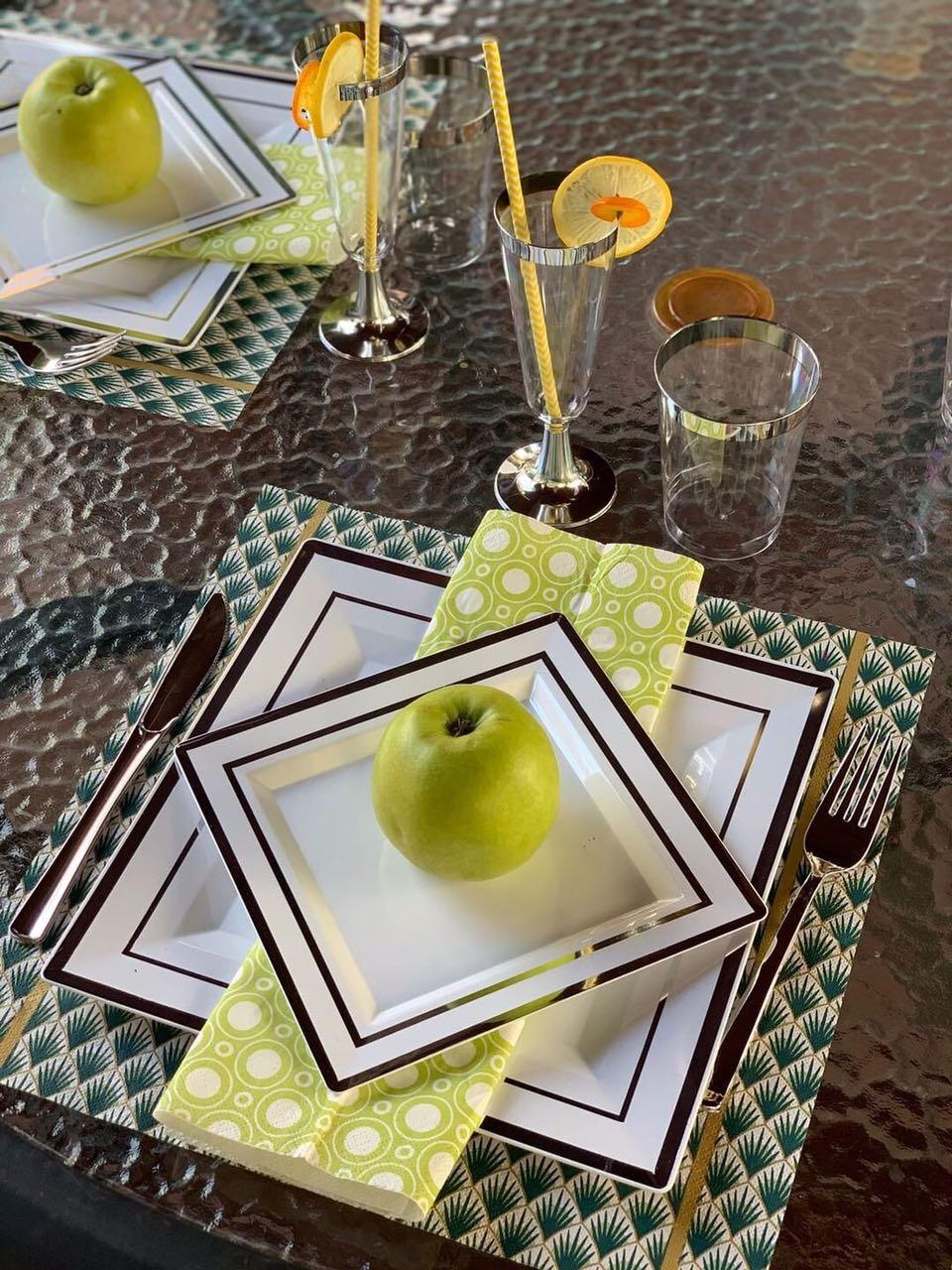 Тарелка стеклоподобная белая с серебром оптом  для ресторанов, кенди бара, кейтеринга, horeca CFP 6 шт 190 мм
