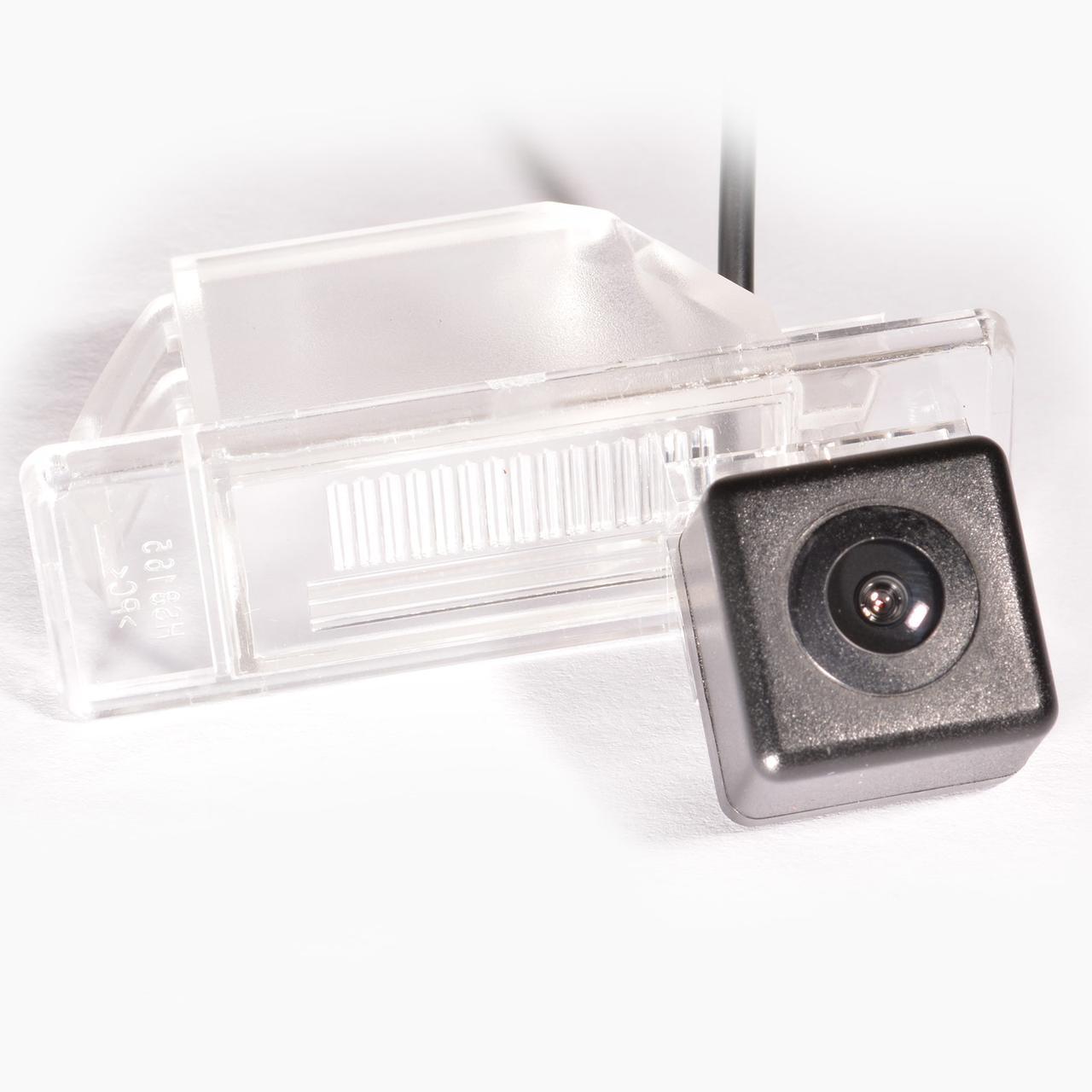 Штатна камера заднього виду IL Trade 9563 NISSAN
