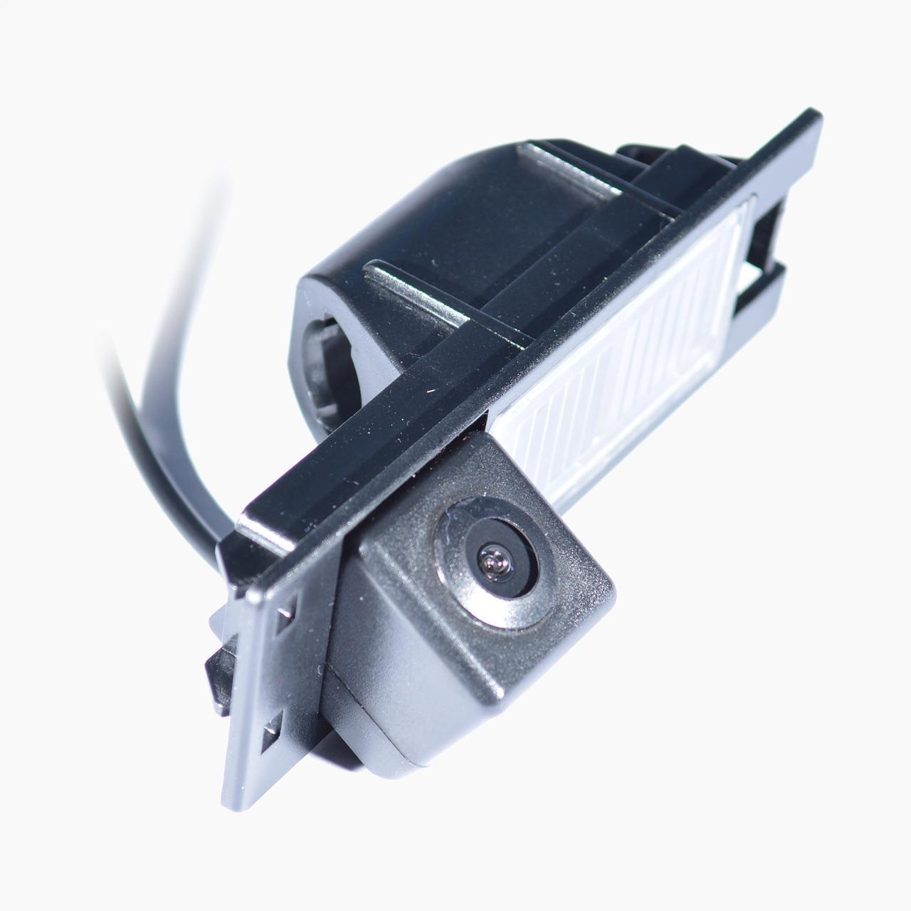 Штатная камера заднего вида IL Trade 1340 ALFA ROMEO / FIAT