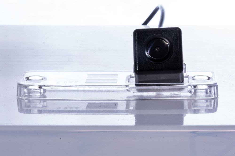 Камера заднего вида Fighter CS-CCD+FM-41 Subaru (3869261)