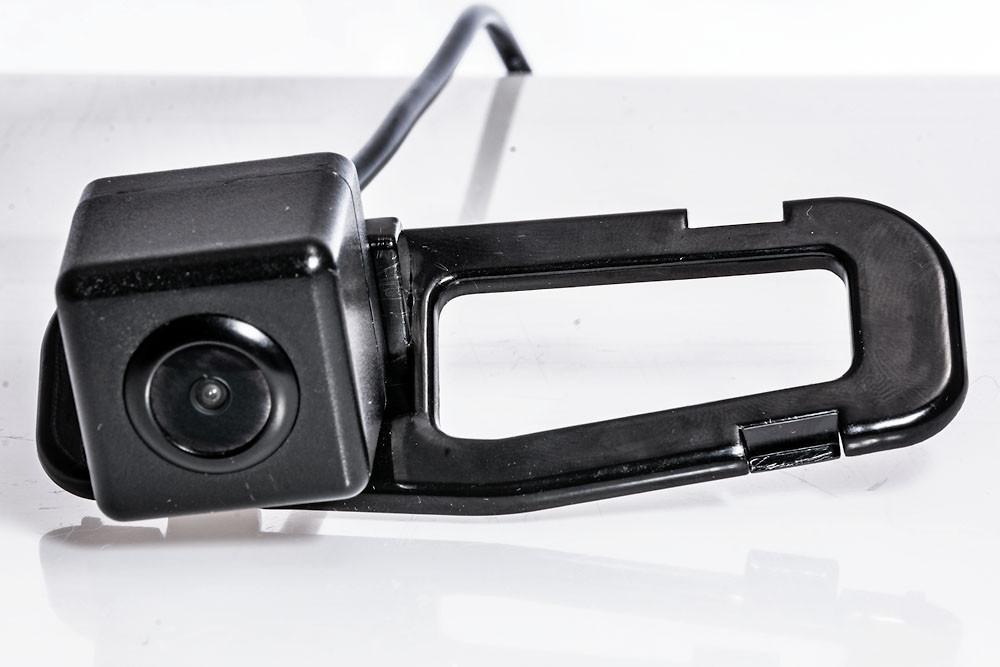 Камера заднего вида Fighter CS-HCCD+FM-23 Honda / Acura (3869390)