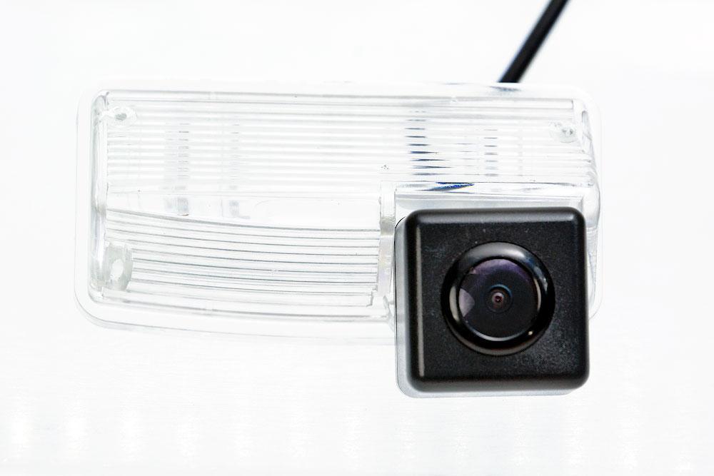 Камера заднего вида Fighter CS-HCCD+FM-52 Toyota (3869448)