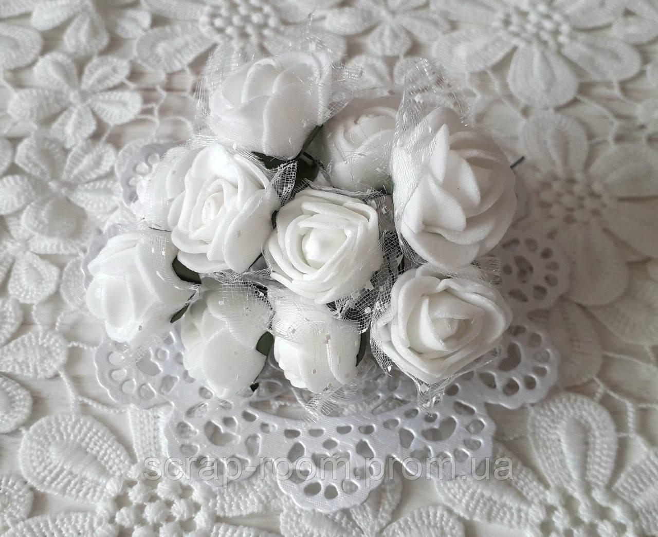 Розы латексные с фатином белые, белые розы, розы белые фатин, букет 12 шт