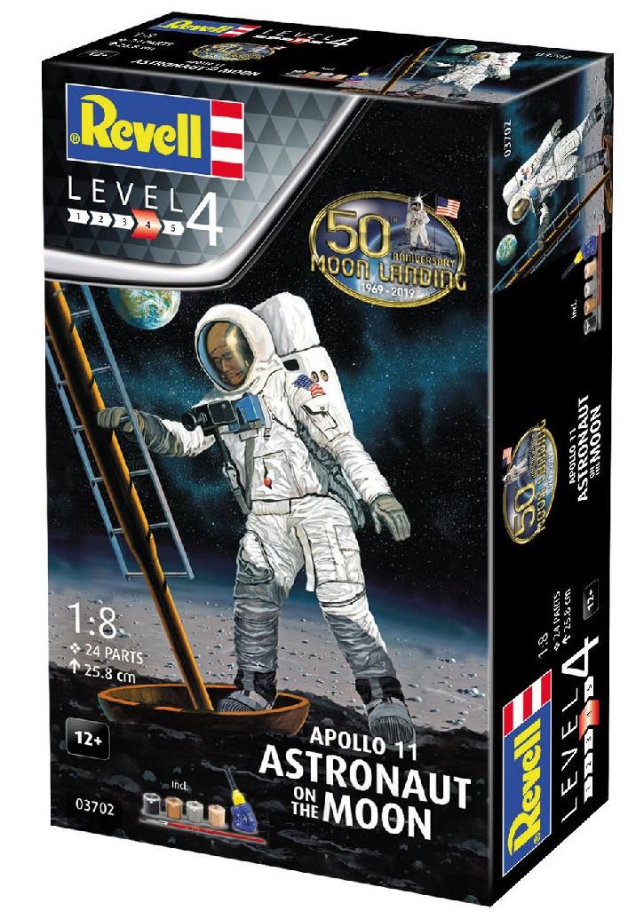 Сборная модель-копия Revell набор Астронавт на Луне. Миссия Аполлон 11. Уровень 4 масштаб 1:8 (RVL-03702)