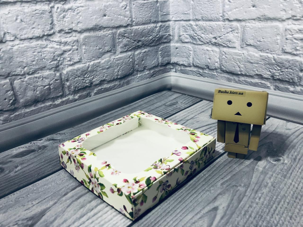 *10 шт* / Коробка для пряников / 150х150х30 мм / печать-Весн / окно-обычн / лк / цв