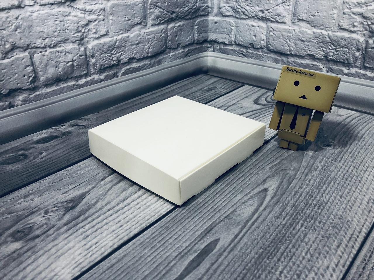 Коробка для пряников / 150х150х30 мм / Молочн / б.о./ с дефектом