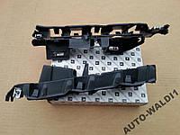 Продам Кронштейн крепления крыло бампер правый Ситроен С4 две части правые 2004-2010