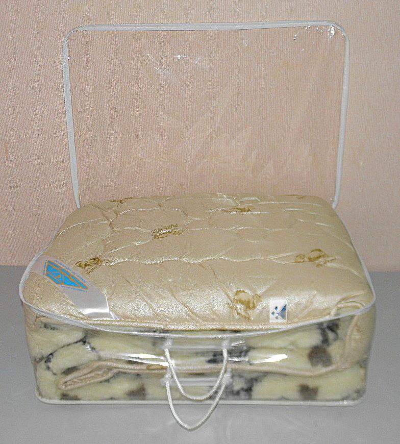 Одеяло евро размер мех в подарочном чемодане (ткань микрофибра наполнитель овчина ) (X-480)