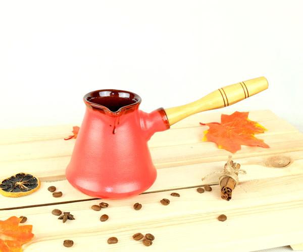 Турка Бразильская красная керамическая с деревянной ручкой 300 мл