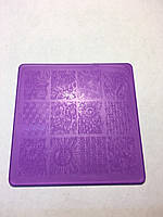 Трафарет пластик фиолетовый квадрат