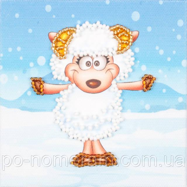 Вышивка бисером на холсте магнита Волшебная страна Зимняя овечка (FLA047) 9 х 9 см