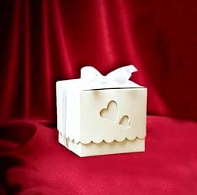 "Бонбоньєрка для гостей на весілля ""Сердечка нареченої"""