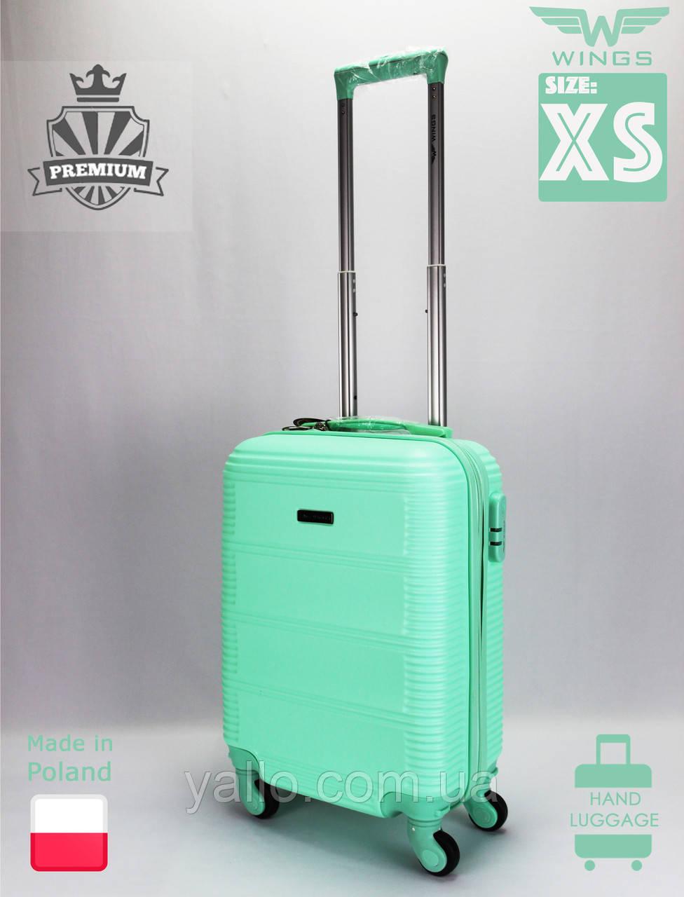 Чемодан Ударостойкий ! Самый Малый из поликарбоната WINGS K203 XS Light Green