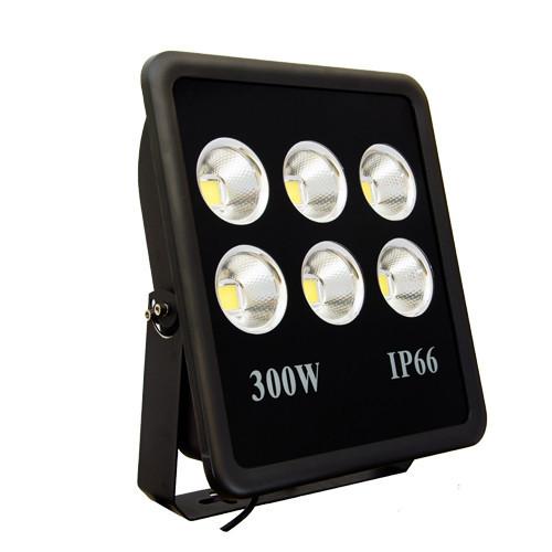 Сверхмощный светодиодный прожектор Vela LED 300Вт 28500Лм, IP66