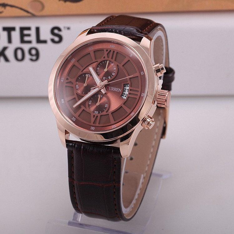 Часы коричневые