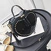 Женская сумка JingPin Сердце с заклепками черная