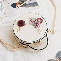 Маленька жіноча кругла сумка JingPin з квітковою аплікацій біла, фото 1