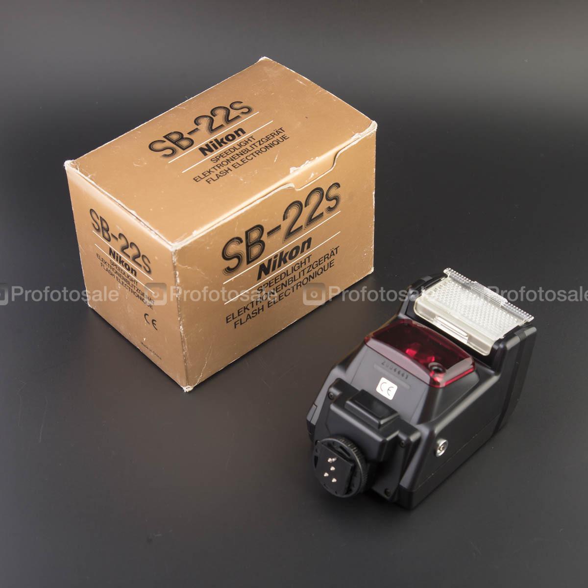 Вспышка Nikon SB 22S
