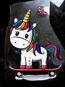 Термо наклейка, трансфер, наклейка на одежду Единорог скейтбордист 10х8 см