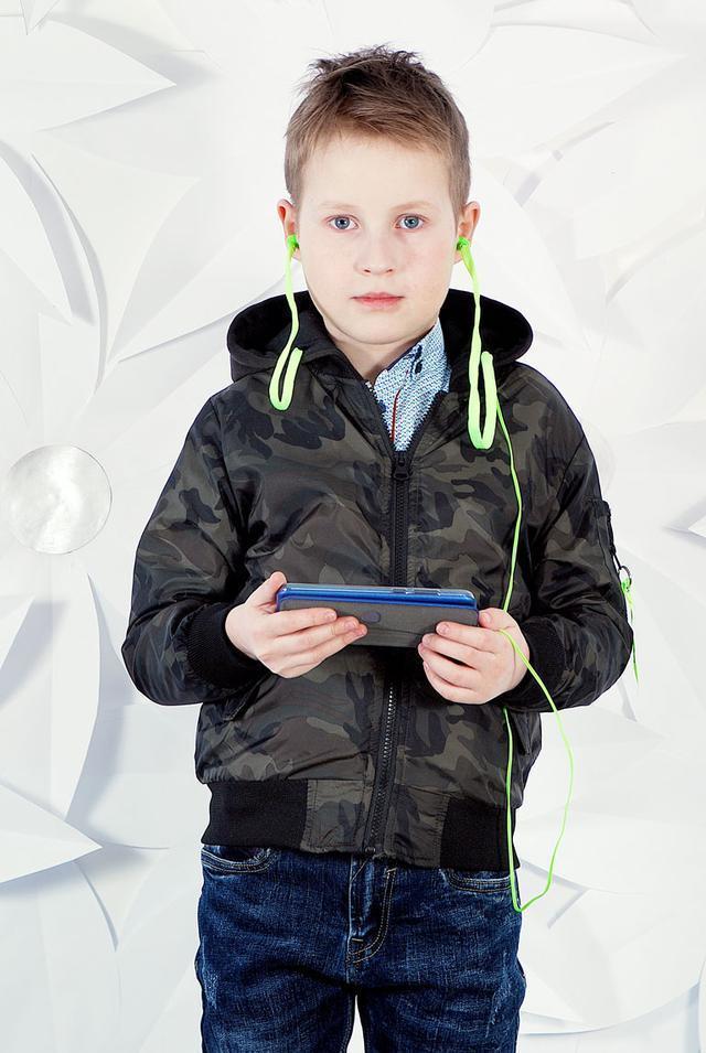 Утеплённая Куртка-Бомбер для мальчиков с наушниками.Размеры 8-12.Фирма S&D,Венгрия