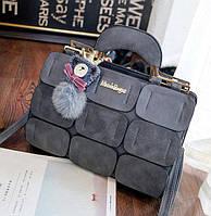 Большая женская сумка Mei&Ge с металлическими ручками и брелком серая
