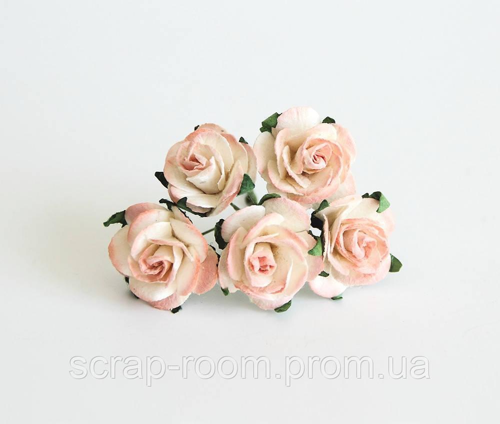 Роза бумажная персиково-белая диаметр 2,5 см,  бумажная роза персиковая 2,5 см Таиланд, цена за 1 шт
