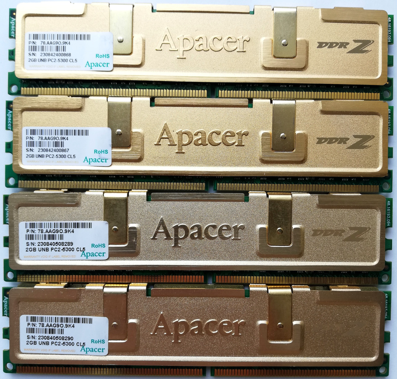 Комплект игровой оперативной памяти Apacer DDR2 8Gb (4*2Gb) 667MHz PC2 5300U 2R8 CL5 (78.AAG9O.9K4) Б/У
