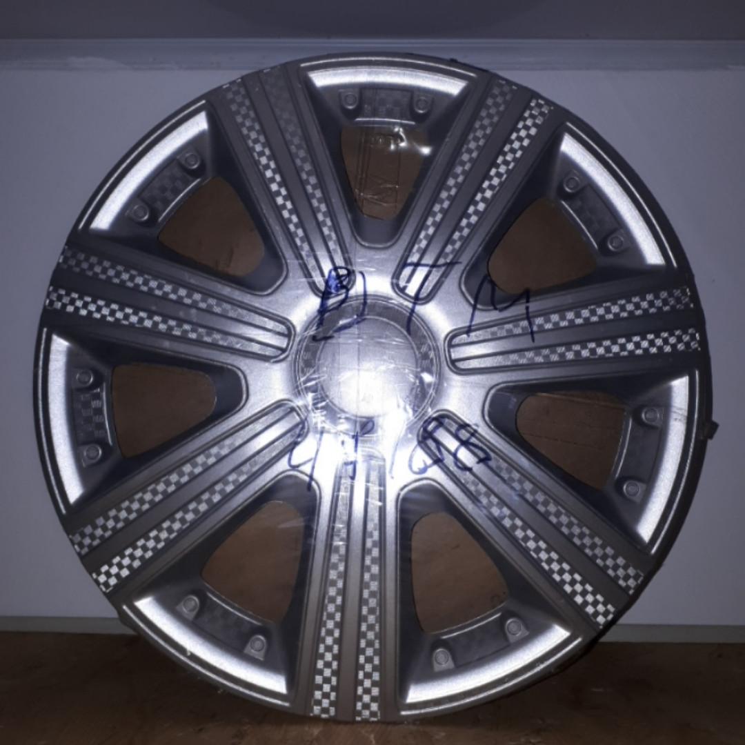 Колпаки на колеса Star DTM R13 светлый