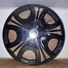 Ковпаки на колеса Star чорний Бумер R14