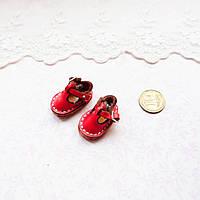 Обувь для кукол, сандалики кожаные красные - 2,5*1.5 см