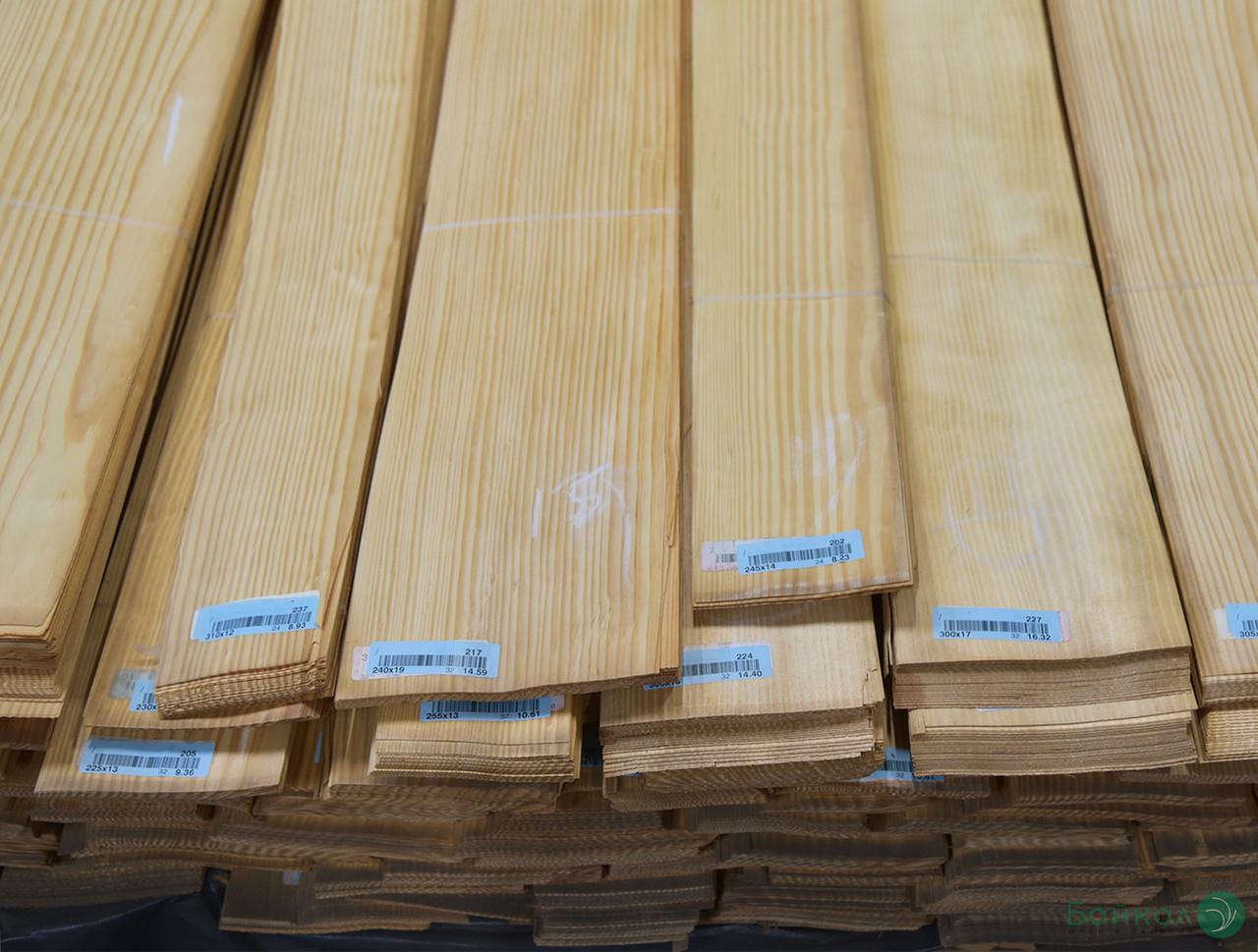 Шпон Сосна Американская – 0,6 мм, сорт I - длина от 1 м до 2 м/ ширина от 10 см+ (строганный)