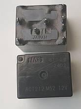 Автомобильное реле NAISACT212 12V  корпус DIP8