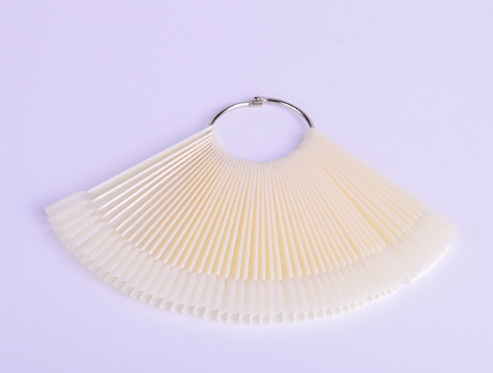 Палитра-веер белая для лаков на кольце (квадрат), 50шт