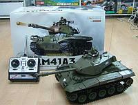 Модель танка Heng Long Bulldog 3839-1 на РУ, стреляет из пушки, ревёт при езде, дымовые/световые эффекты
