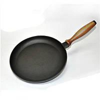Сковорода для блинов чугунная 24 см ручка дерево CHUGUNOFF  240-25-001