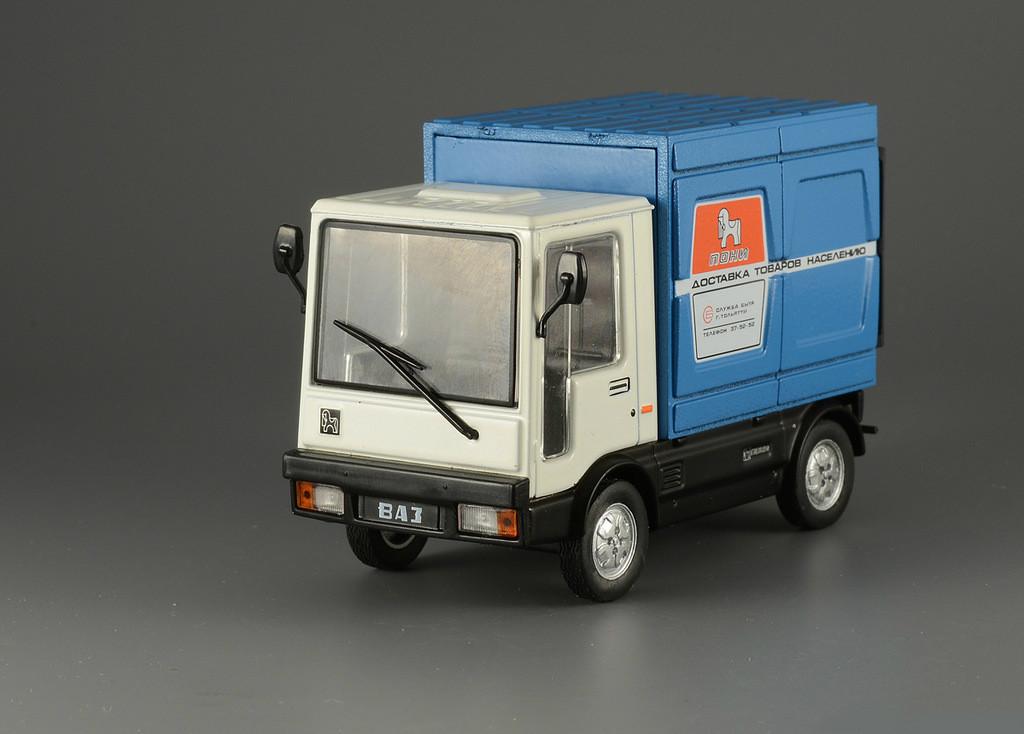 """Автолегенди Колекційна модель (ДеАгостіні) №140 ВАЗ-2802 """"Поні"""""""