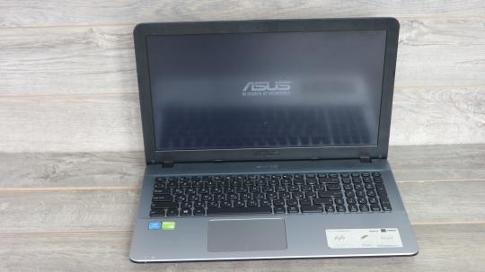 Б/У Игровой ноутбук Asus Full HD Pentium N4200\4Gb\500гб\Nvidia 810М