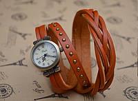 Часы браслет на длинном кожаном ремешке (коса) цвет белый