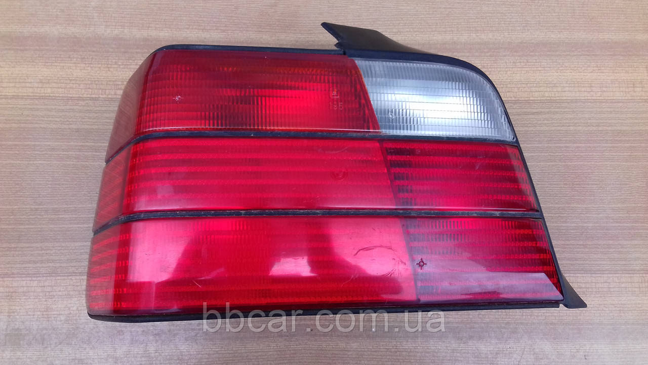 Задний фонарь BMW E-36 sedan Heckleuchte 63259  ( L )