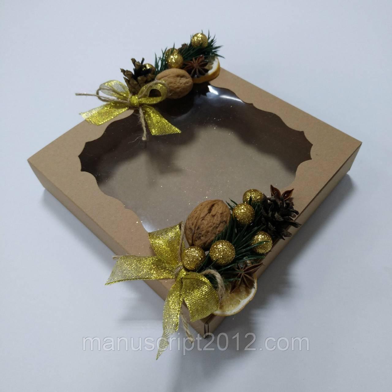 Коробка для подарков с новогодним декором 160х160х35 мм